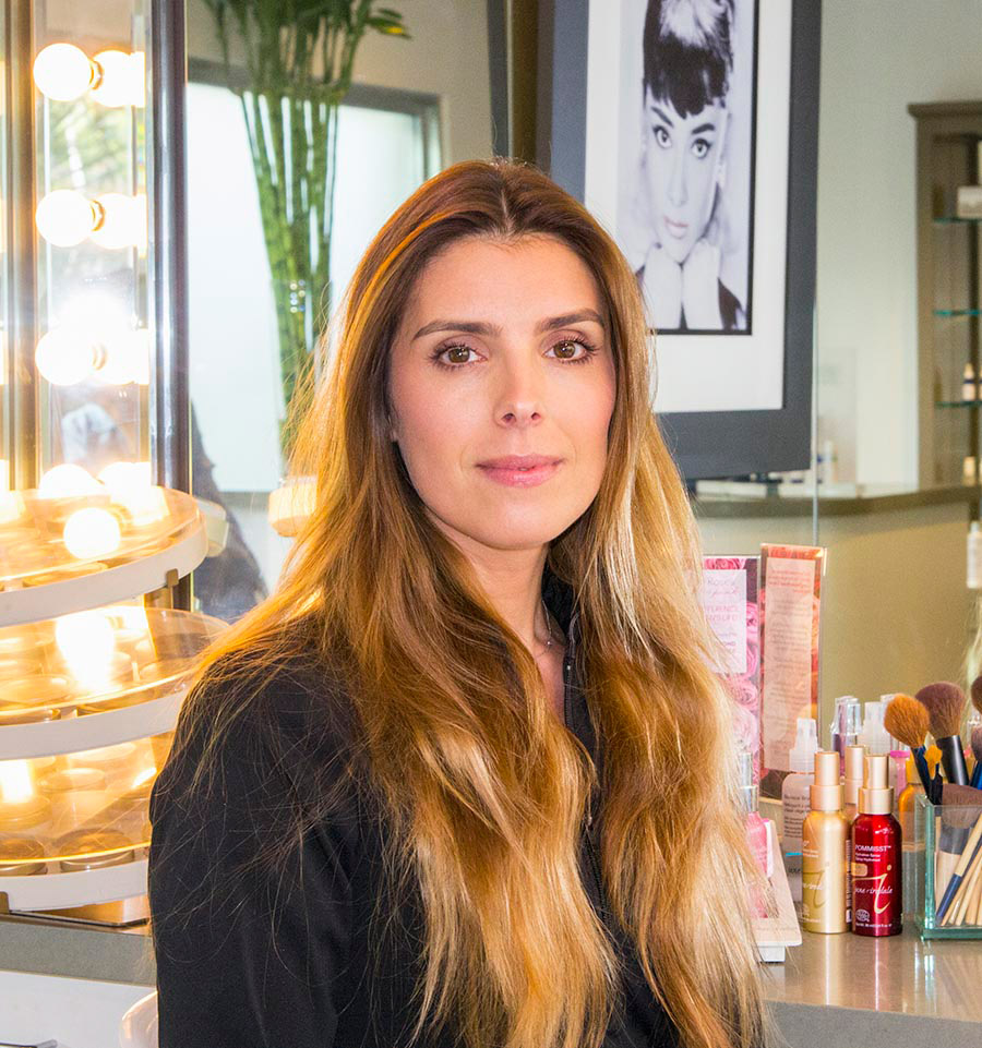 Adela Vesela, Skin Specialist