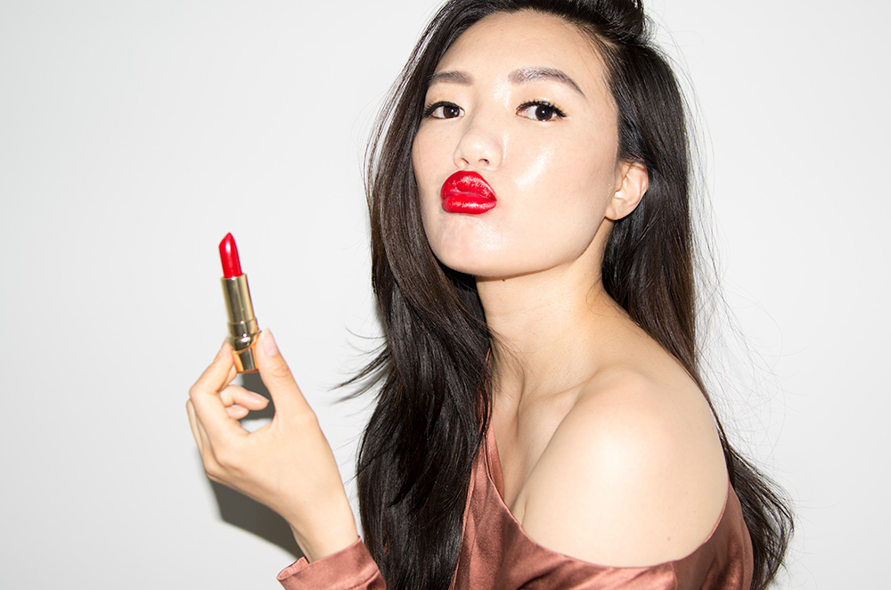 Celebrity Makeup Artist Julie Hewett's Perfect Red Lipsticks